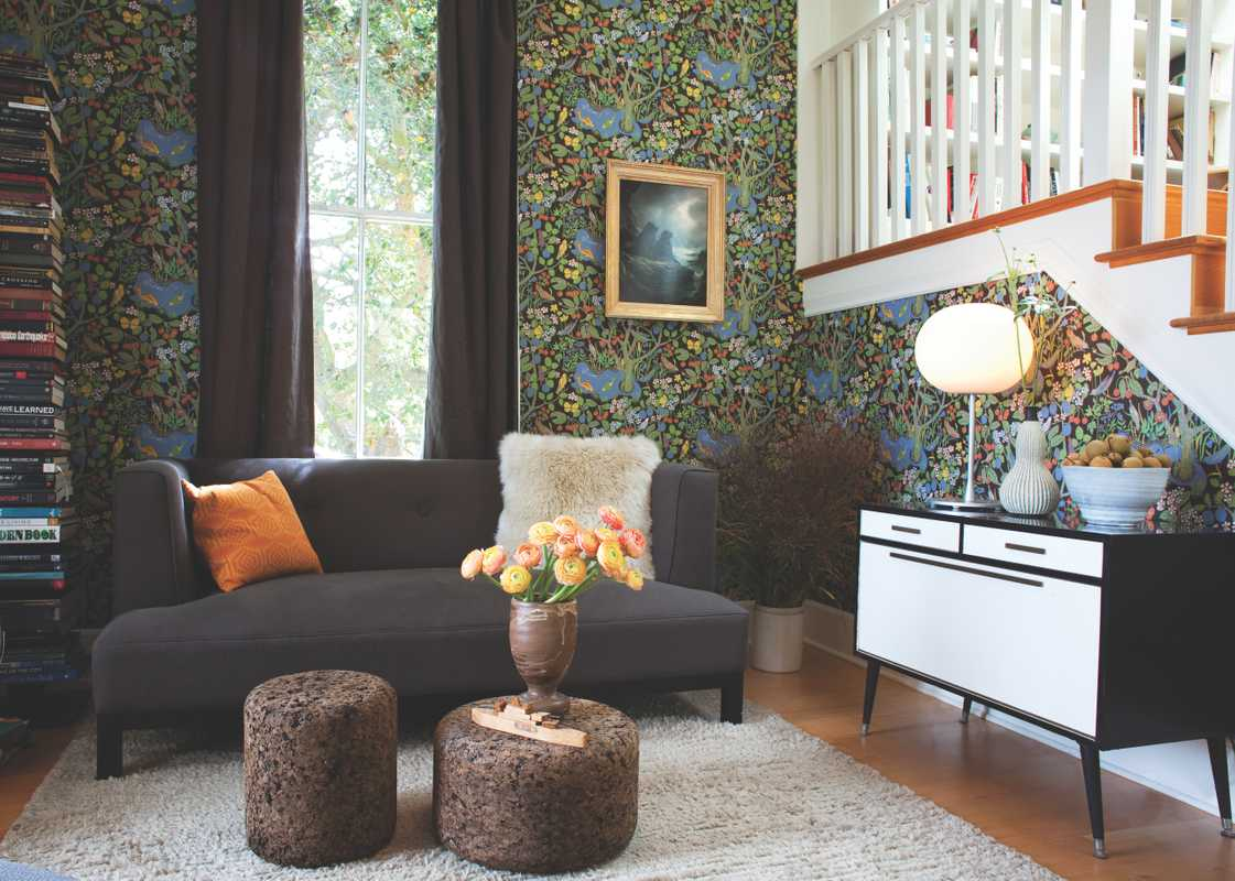 Living room with Josef Frank wallpaper