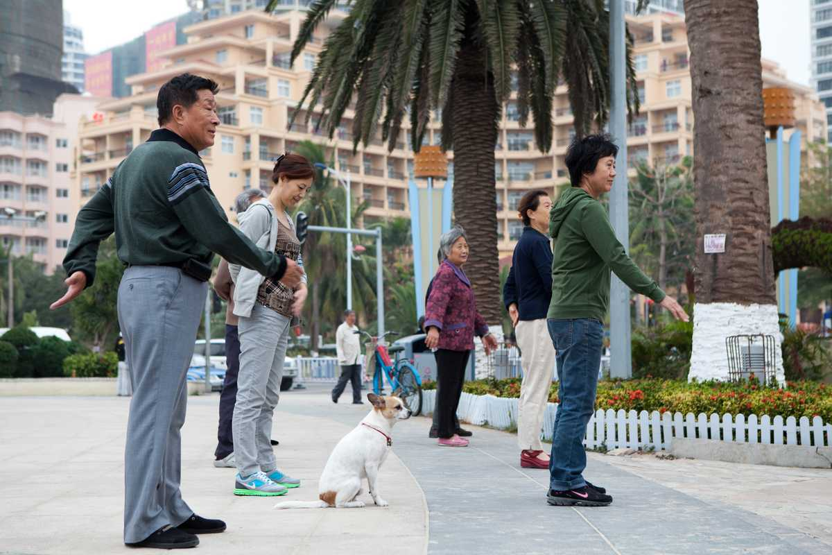 Exercise on the seafront in Sanya Bay