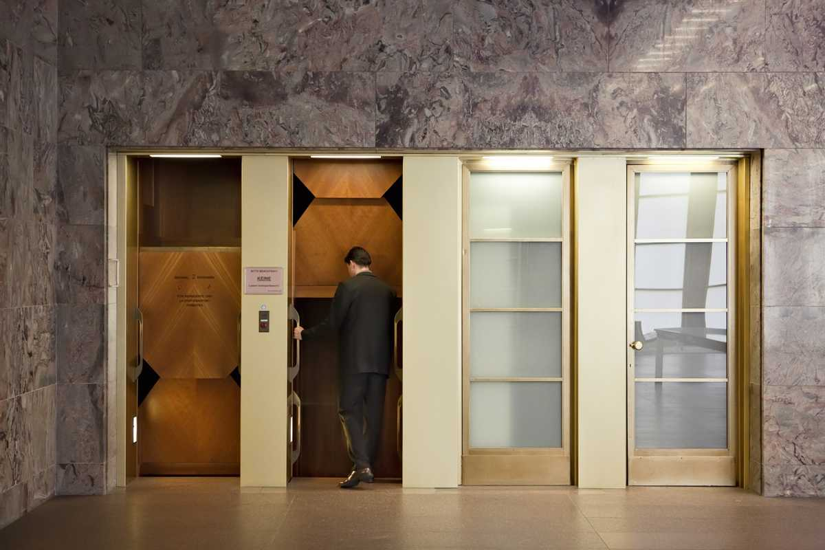 Paternoster lifts in the blue hall