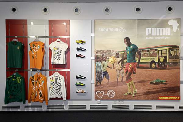 Puma advert featuring Samuel Eto'o