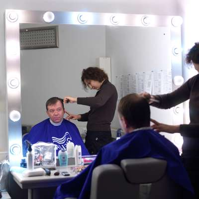 Peter Lavelle in the makeup room