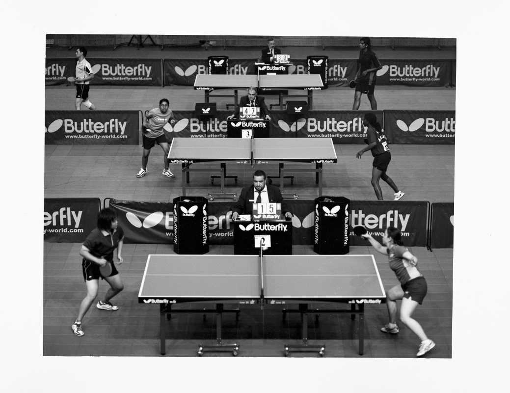 Early-stage rounds in the table tennis event
