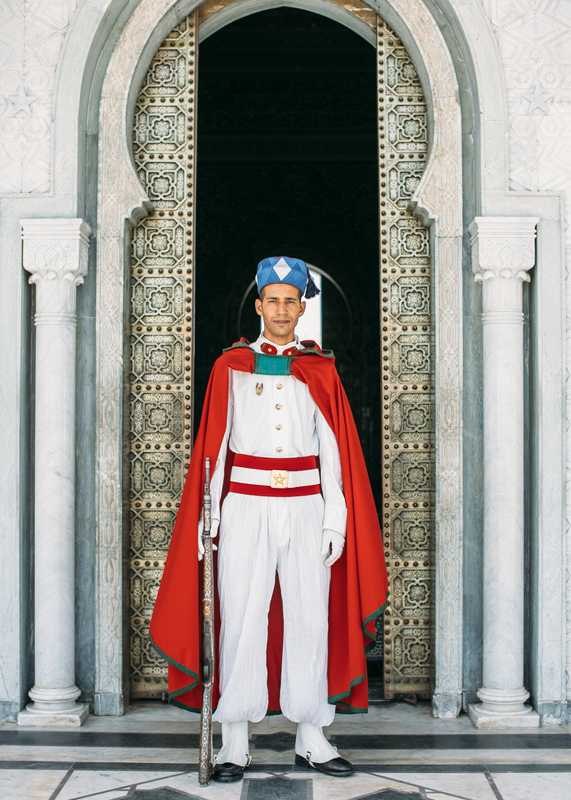 Guard at the mausoleum of Mohammad V