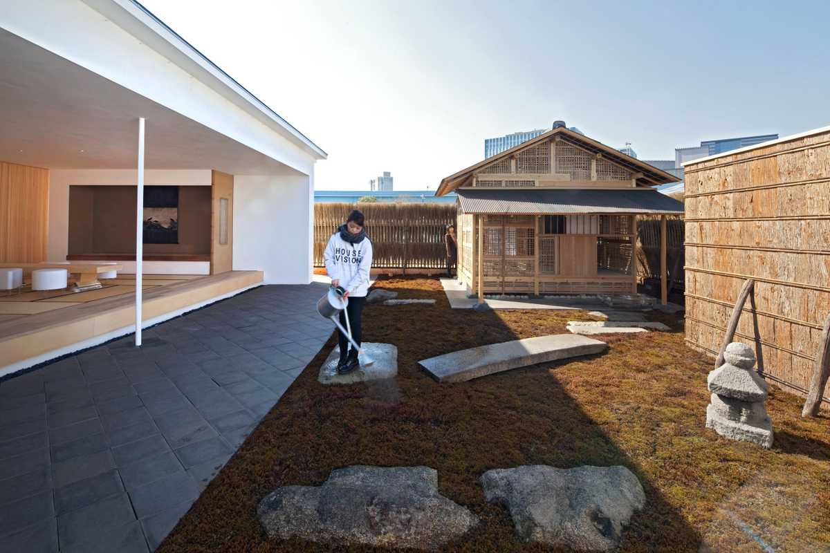 Photographer Hiroshi Sugimoto and Sumitomo Forestry's home, garden and teahouse