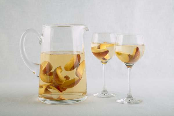 No. 46: Peaches in white wine