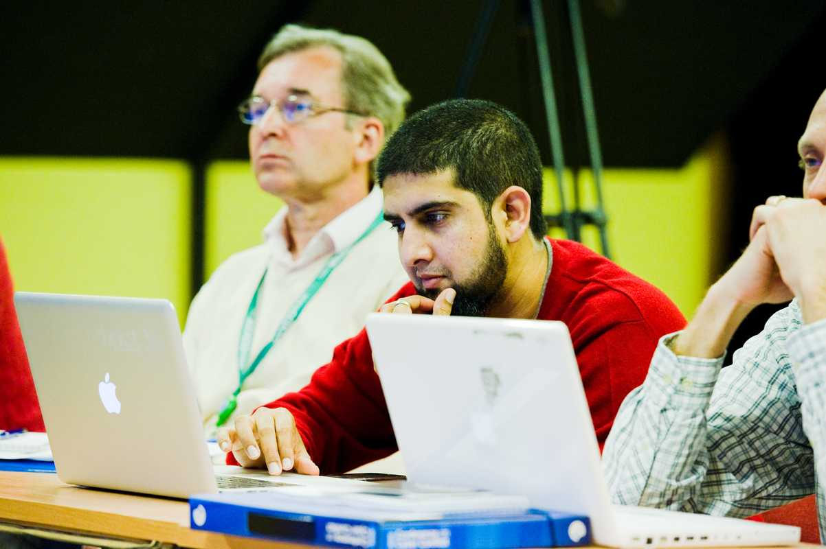Haroon Meer (centre), a South African computer security expert