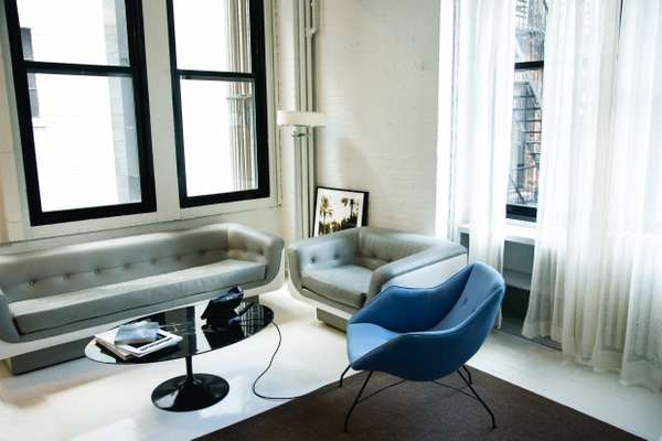 Office 1 (Andre Balazs' Properties, New York): Couch and seating area in separate office