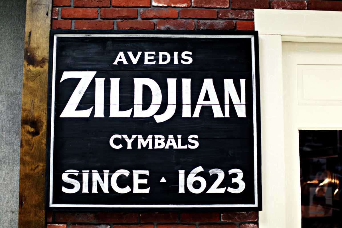 Zildjian sign