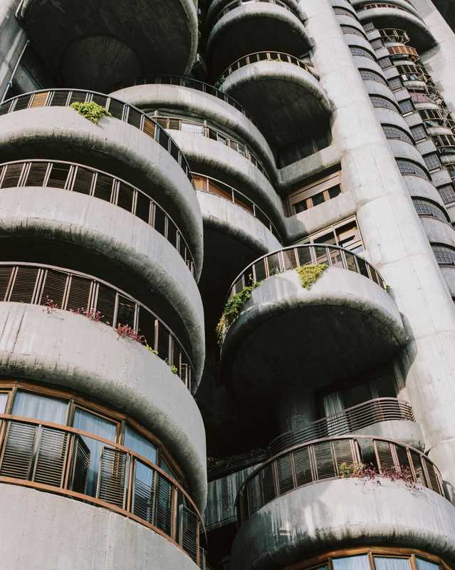 Stacked, rotating curves serve as balconies