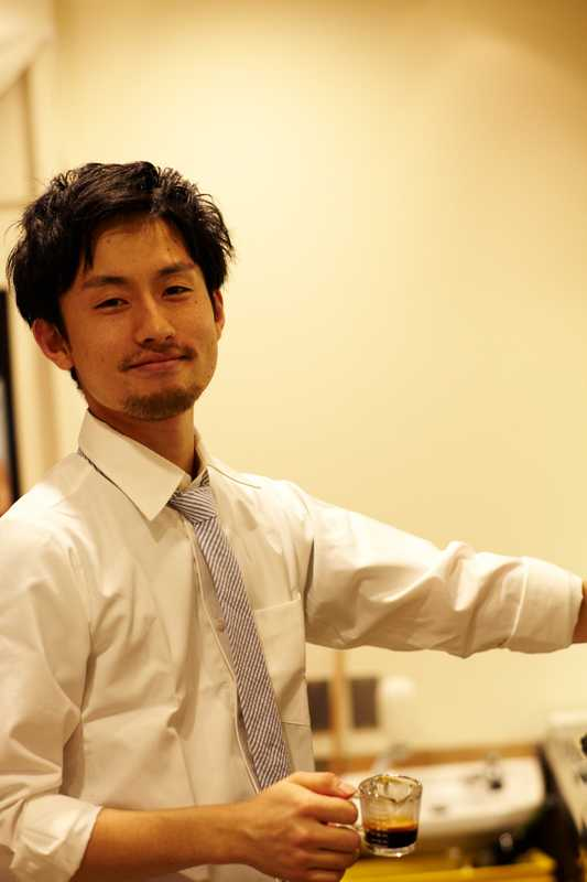 Eiichi Kunitomo-trained Monocle barista making coffee