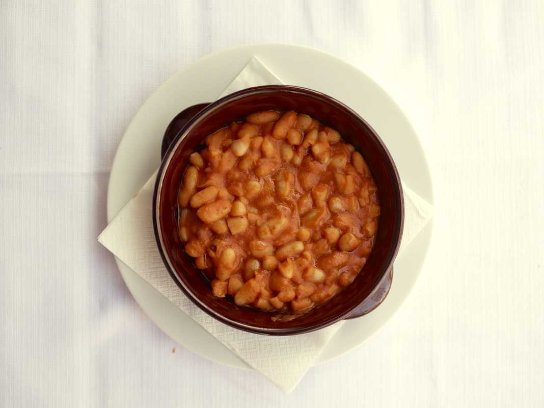 Stewed cannellini beans