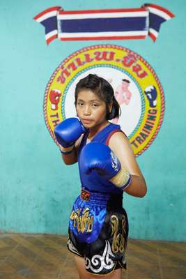 Young boxer at Thaphae stadium