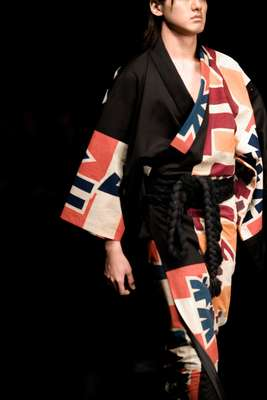 Black and patterned cotton yukata for UA