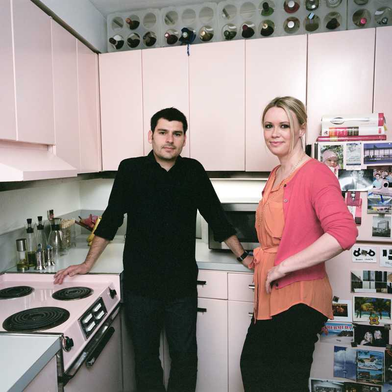 Iker and Julie Gil in their original kitchen