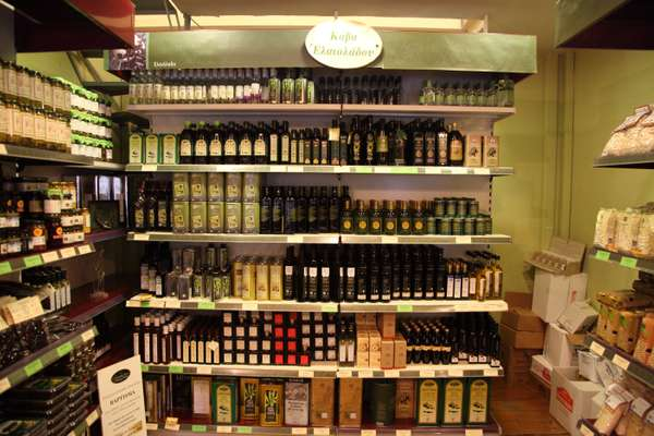 Olive oils from To Pantopoleion producers