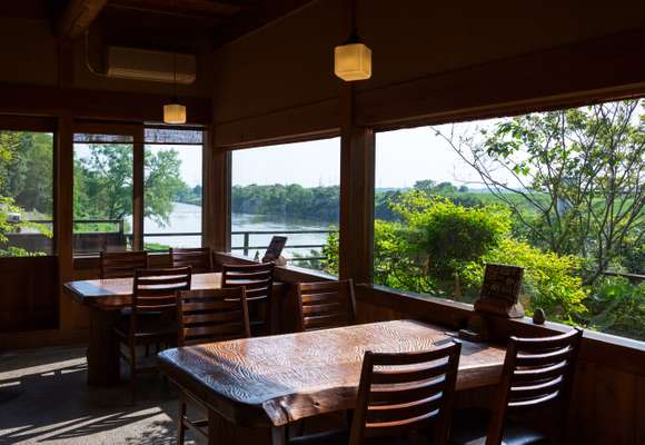 Dining room by the river