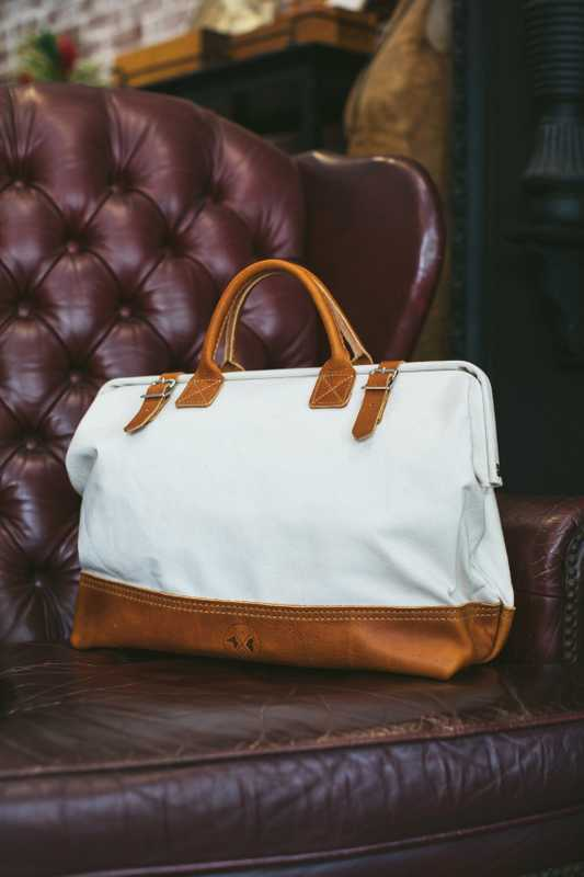 Hound and Quail's canvas-and-leather tote bag