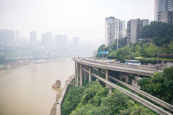 Jialing River runs through Chongqing