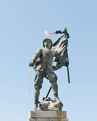 Bonifacio's World War I monument