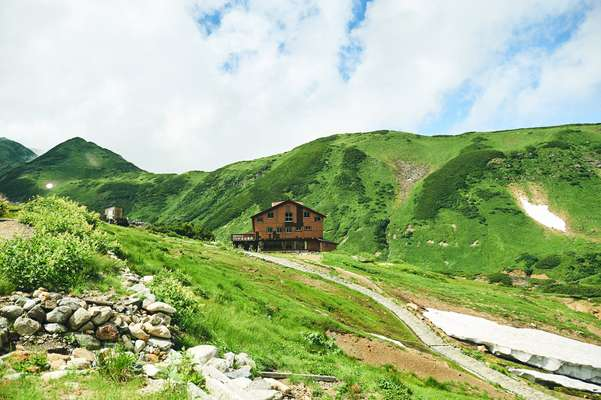 Tateyama Renpo Lodge has a hot-spring bath