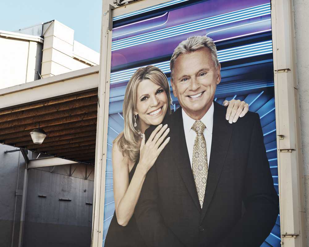 'Wheel of Fortune' hosts Pat Sajak and Vanna White