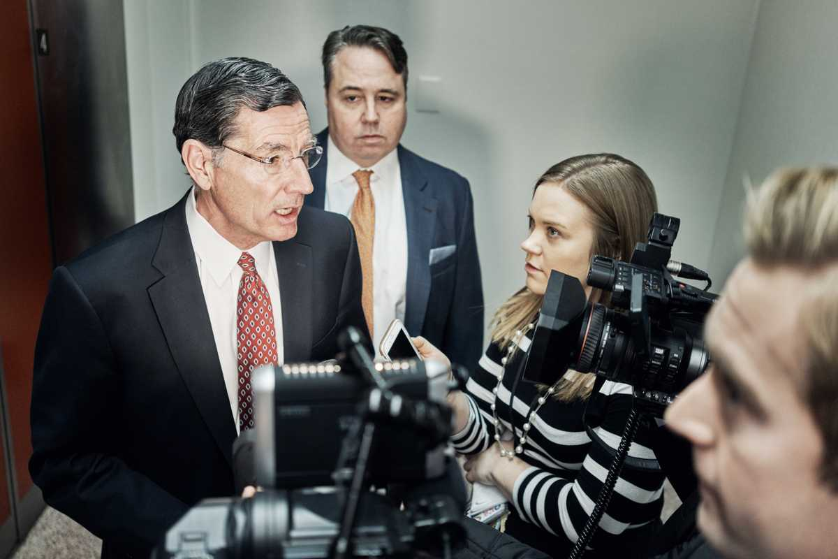 'PBS Newshour' politics producer Julie Percha speaks to senator John Barrasso