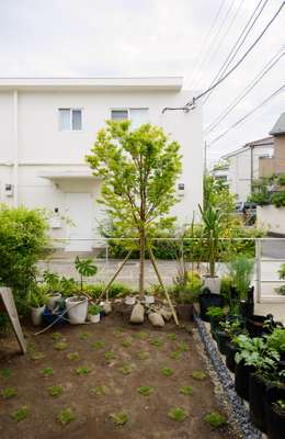Former East Japan Railway houses each have a small garden