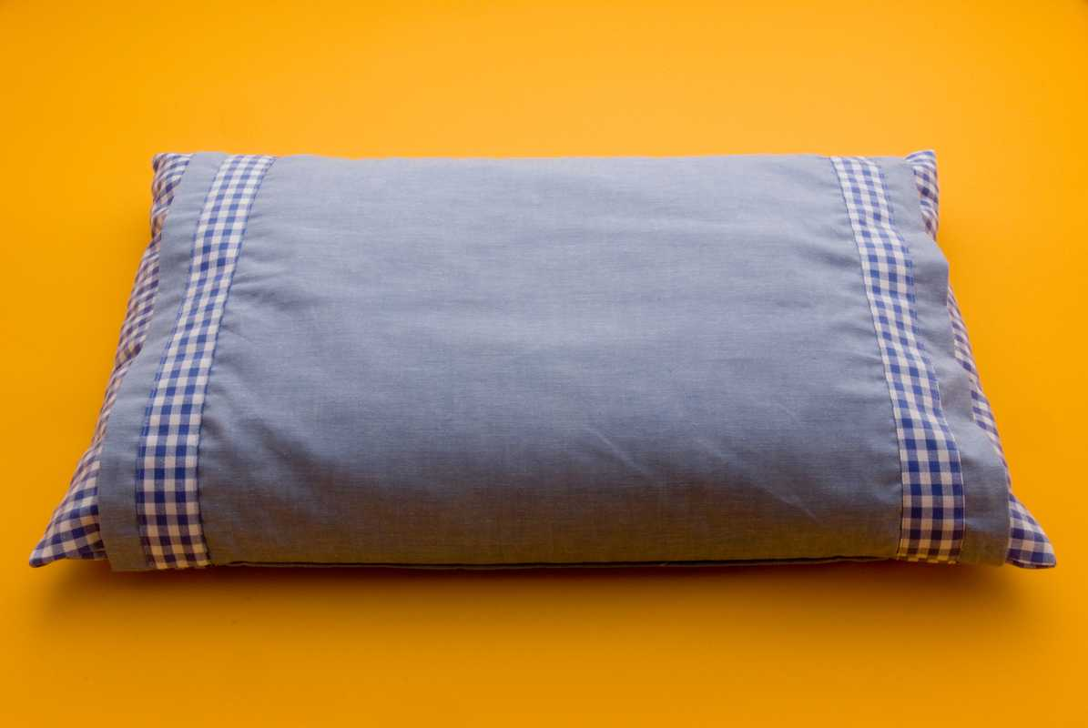 No. 09: Nishikawa Living pillow