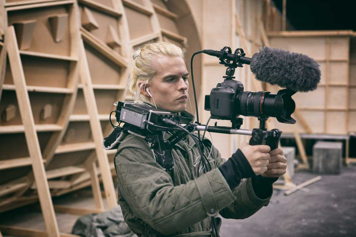 Camera operator Mathias Broe behind the scenes