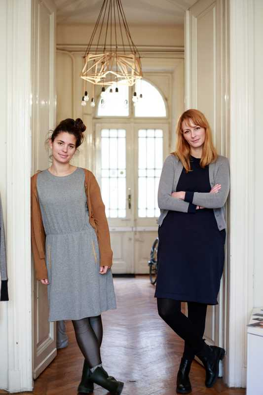 FlatLab co-founders Zsofia Gereby (left) and Emese Kasza