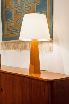 Lisa Johansson-Pape table lamp