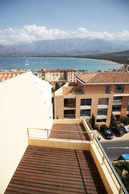 Large roof terrace in the centre of Calvi