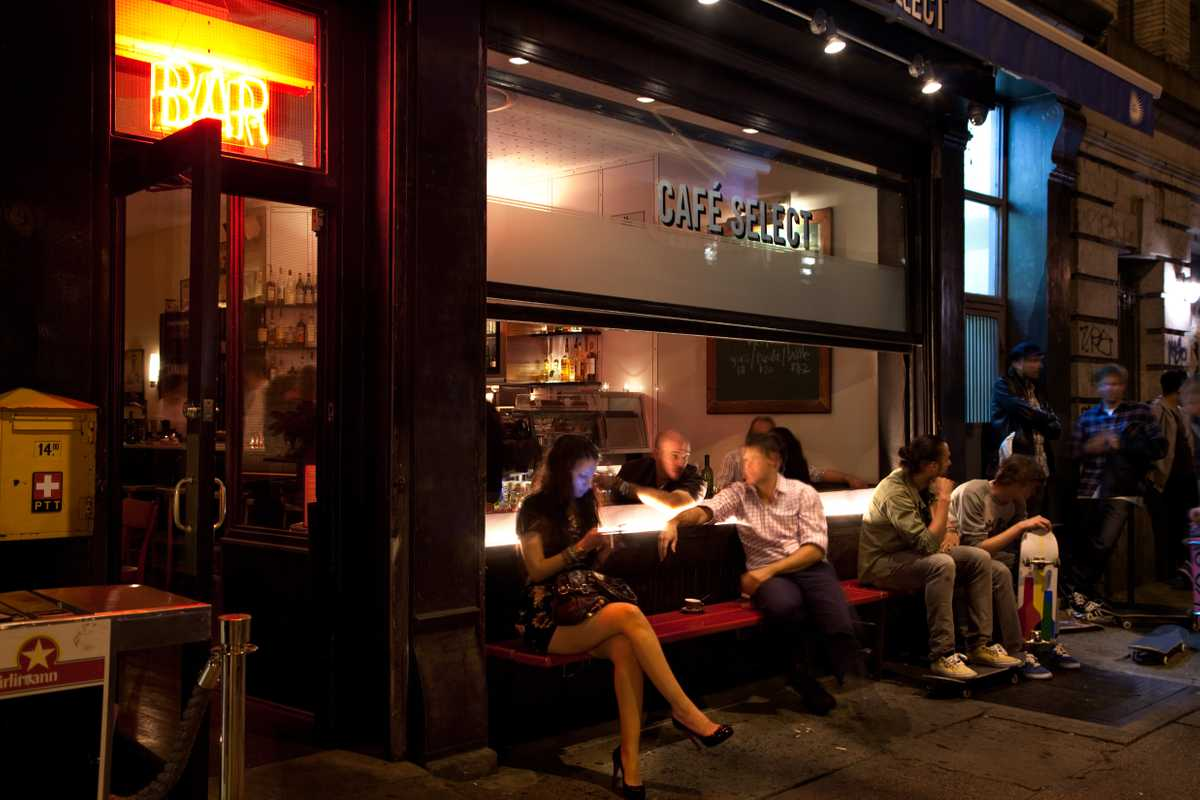 No 41: Cafe Select, New York