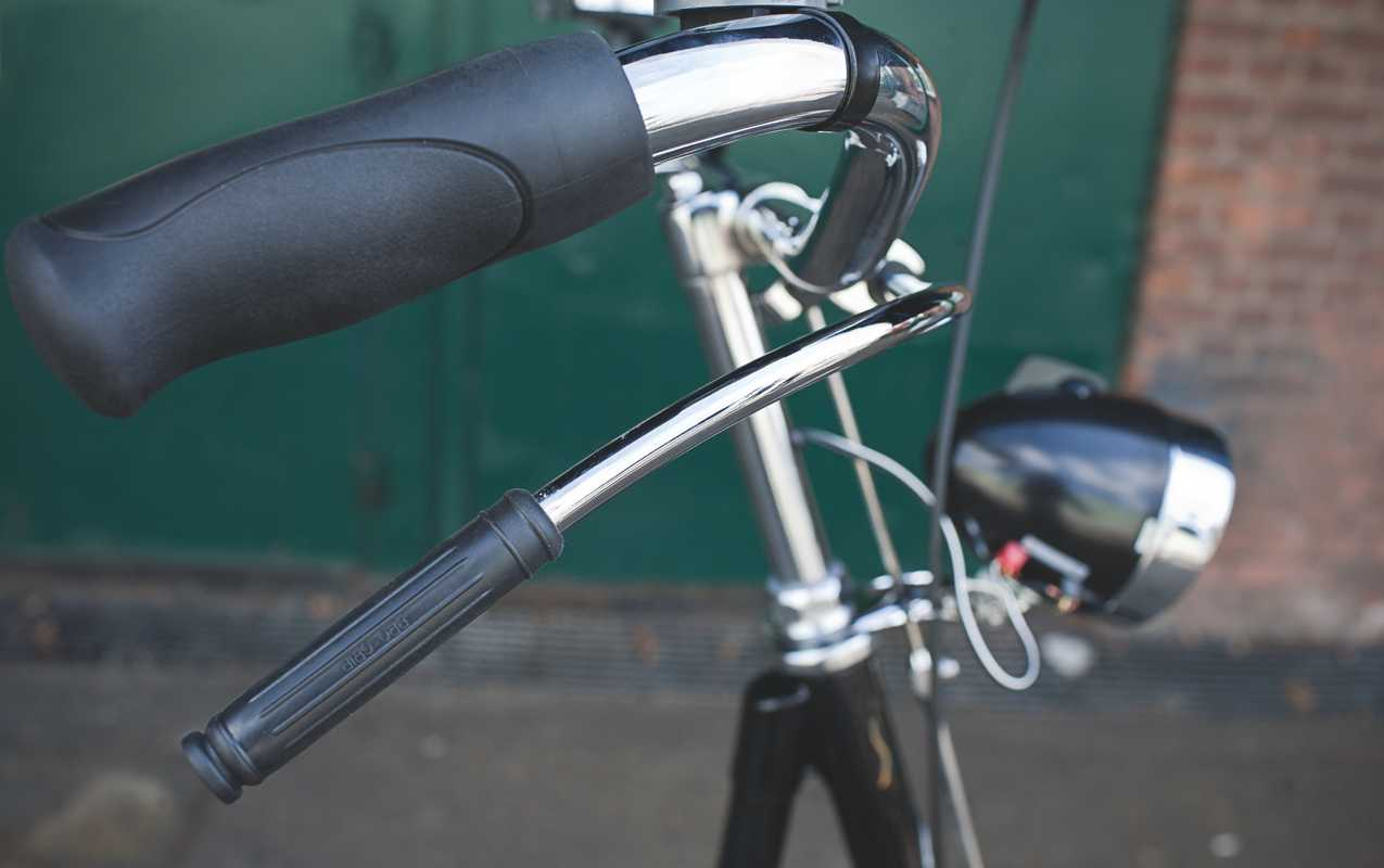 Gazelles have the traditional Dutch coaster brake