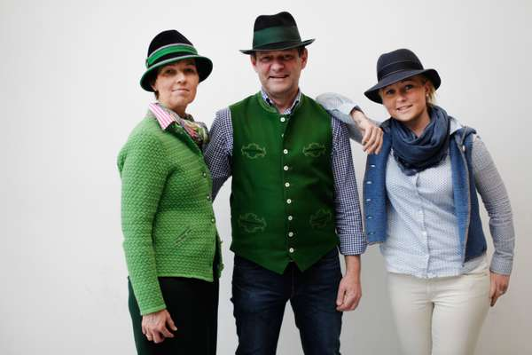 Hatmaker Franz Bittner and his family