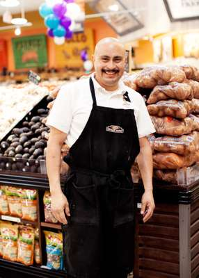 Lino Perez, produce, Northgate Markets