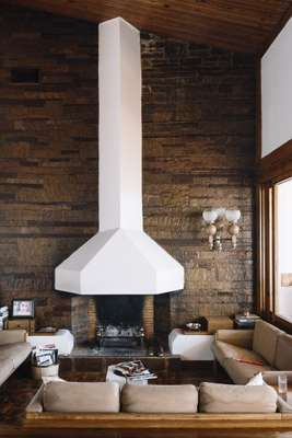 Fireplace blends with Portuguese limestone