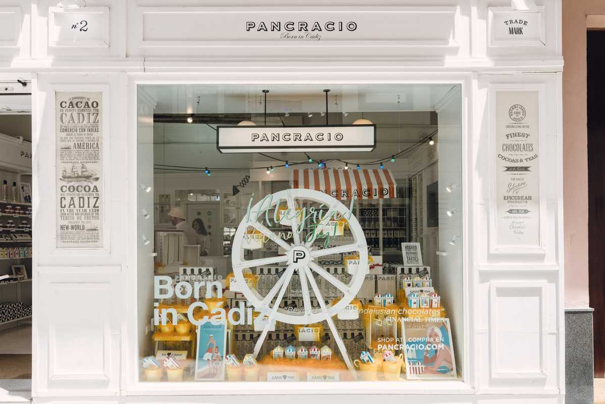 Window display of chocolate shop Pancracio