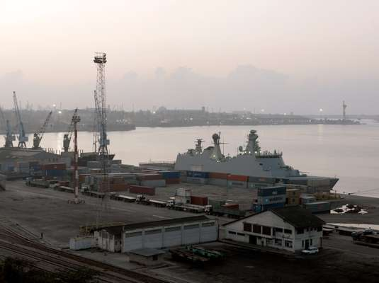 'HDMS Absalon' in Mombasa's port
