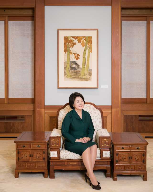 Kim Jung-sook is a classically trained opera singer