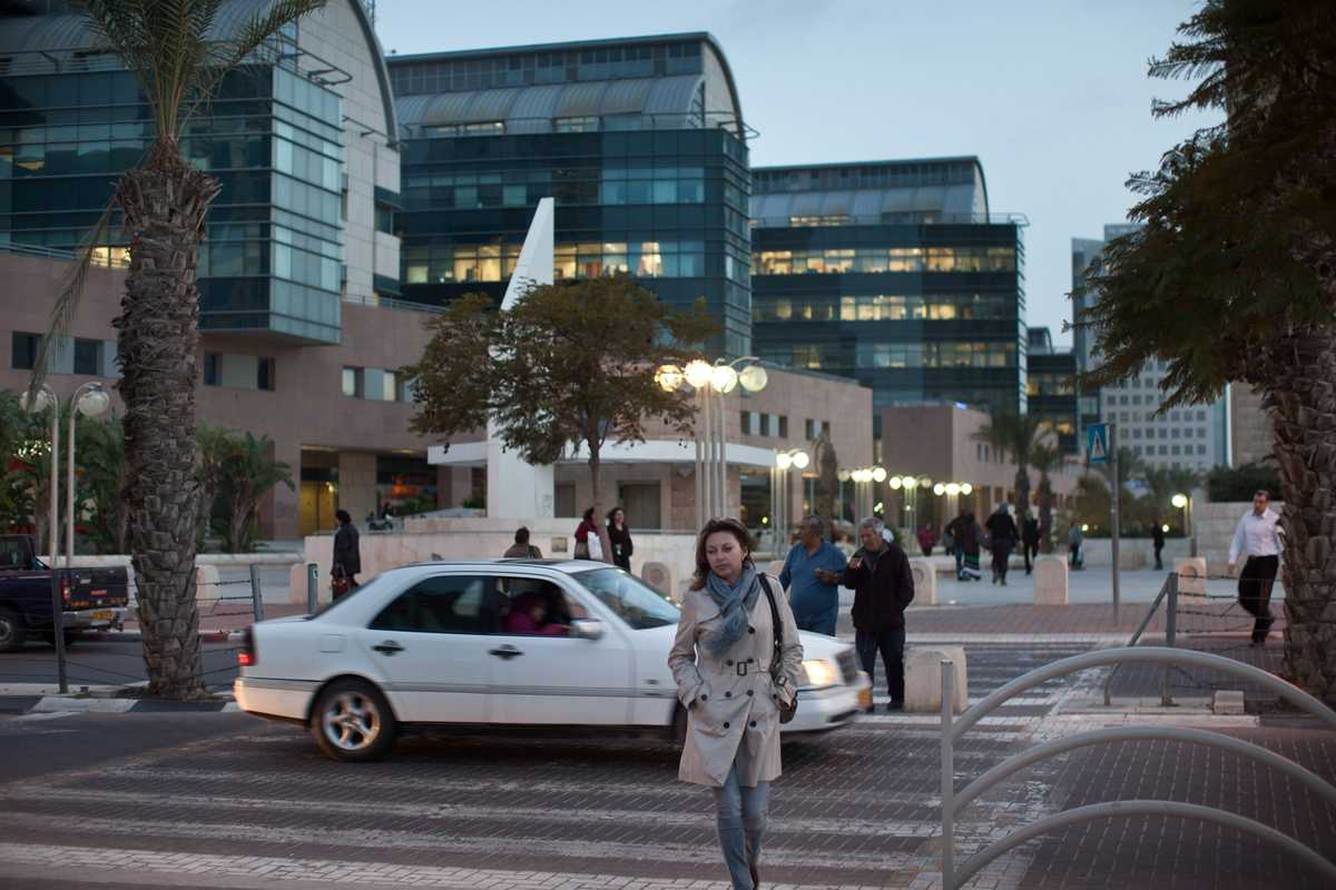 Be'er-Sheva at dusk