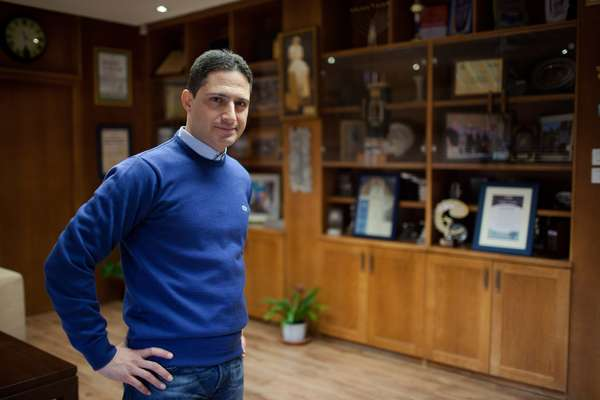 Ruvik Danilovich, mayor of Be'er-Sheva, in his office