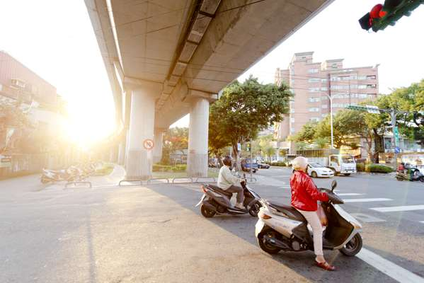Scooters are the main means of transport in Beitou