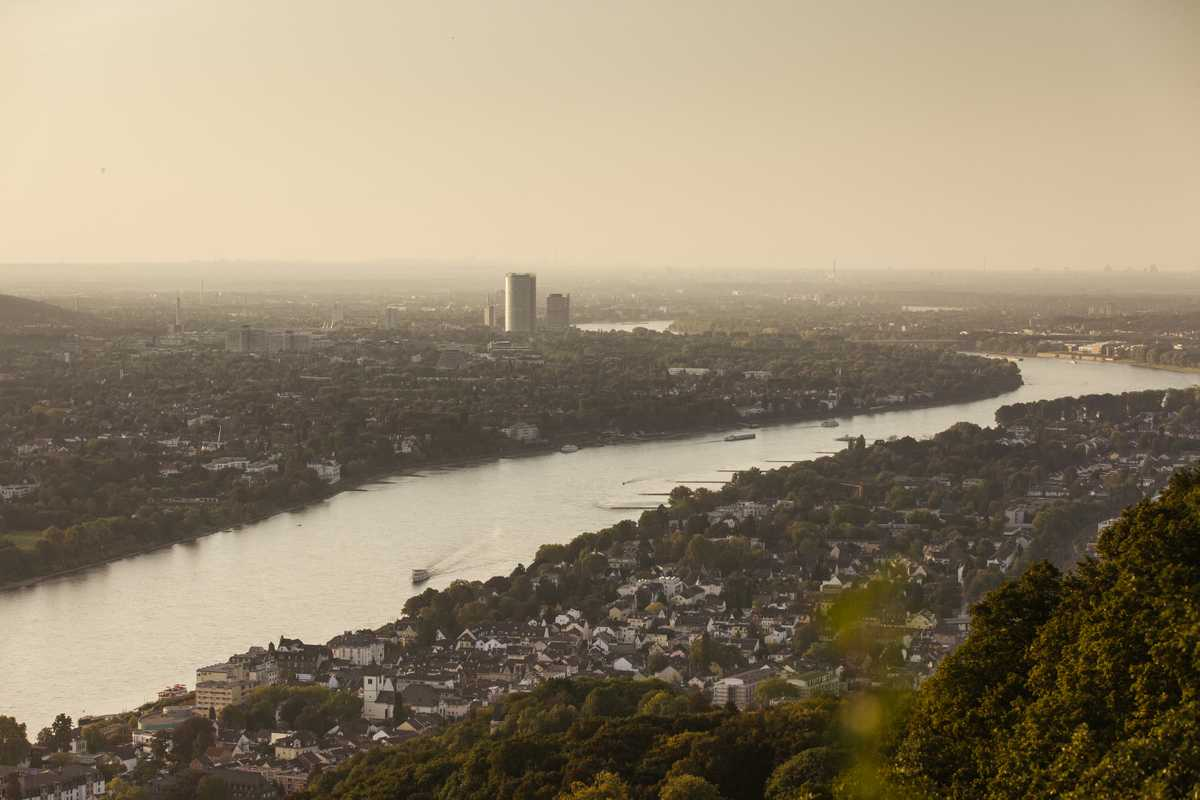 View of the city from the Drachenfels