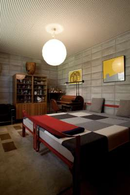 Bed (Afra & Tobia Scarpa Design, Gavina) desk (Giotto Stoppino Design, Bernini) and cabinet (Gianfranco Frattini Design, Bernini)