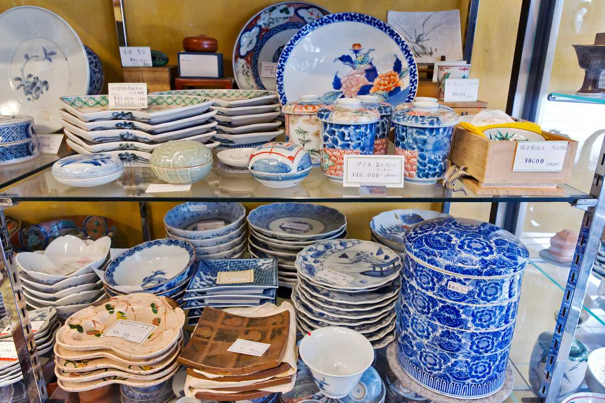 Japanese ceramics at Asuka Bijyutsu