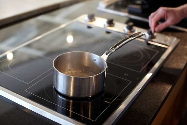 Viking's innovative All-Induction Cooktop