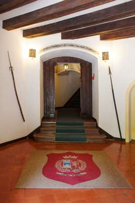 Entrance to the Stifterhof greets visitors with a pennant that invites everyone to feel like guests