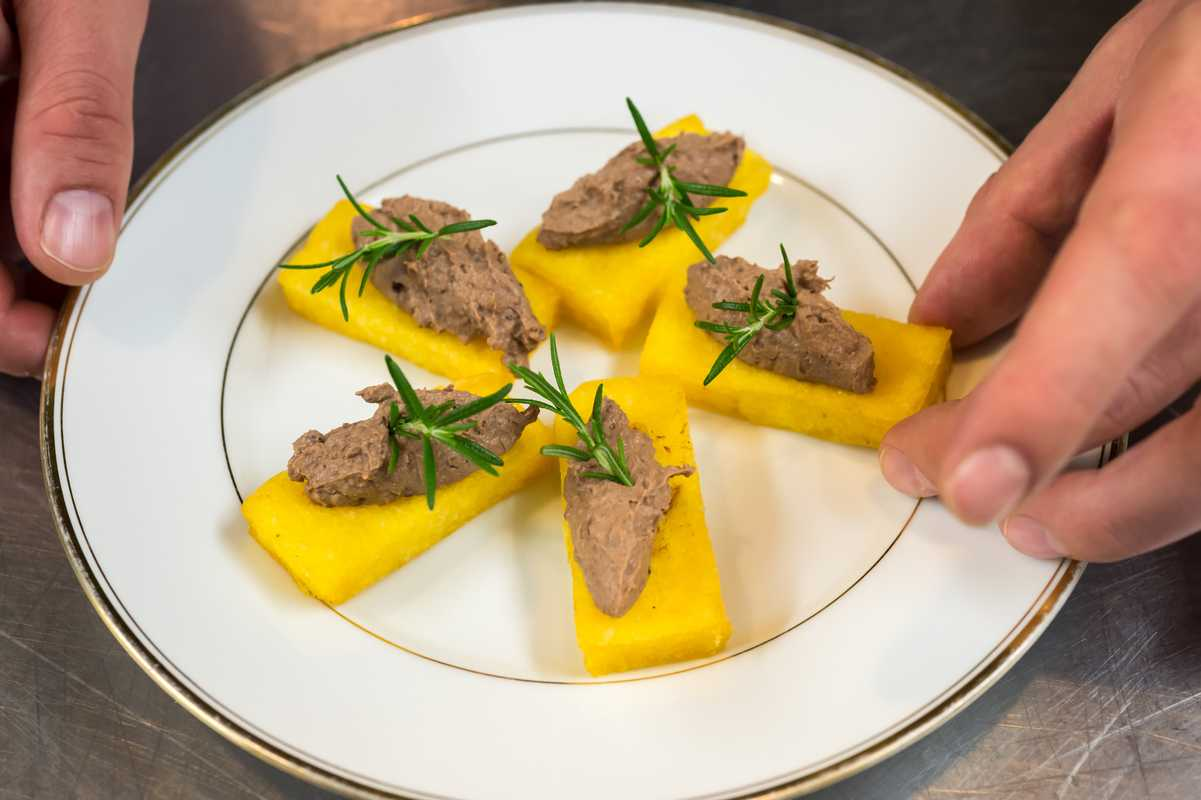 Crostini of fried polenta with chicken-liver pate