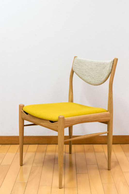 Merino oak dining chair by Keita Watanabe